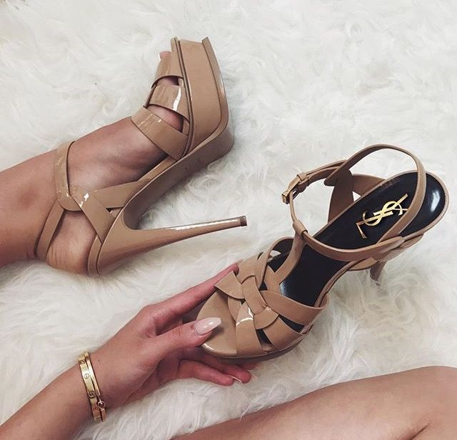 Find More at => http://feedproxy.google.com/~r/amazingoutfits/~3/h_HuGZzTeEs/AmazingOutfits.page