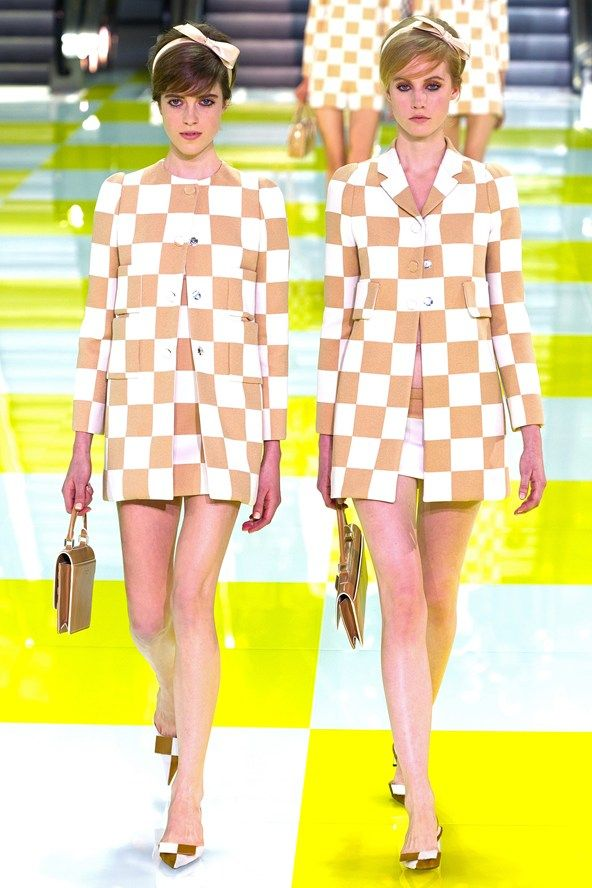 """7. 60'S KITTENS  (Prada, Louis Vuitton,...)  """"Flower Power is more mature in the form of 'appliquė' & 'broderie Anglaise'. The shift dress sports a higher hem and a zanier print."""""""