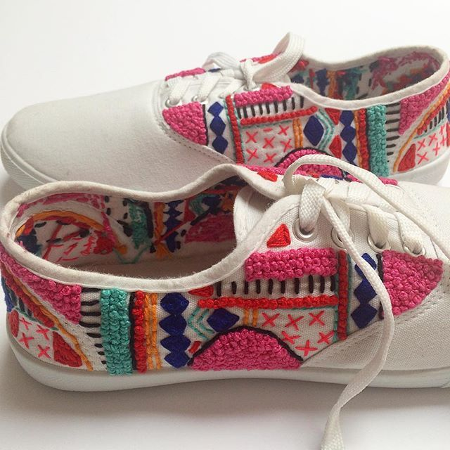 I couldn't resist another photo of these hand embroidered sneakers I stitched…