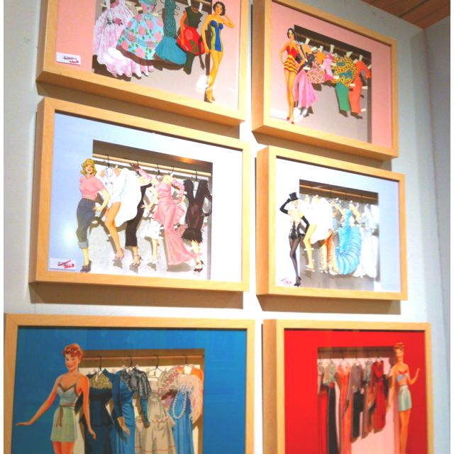 Vintage paper dolls Fabulous idea for framing!