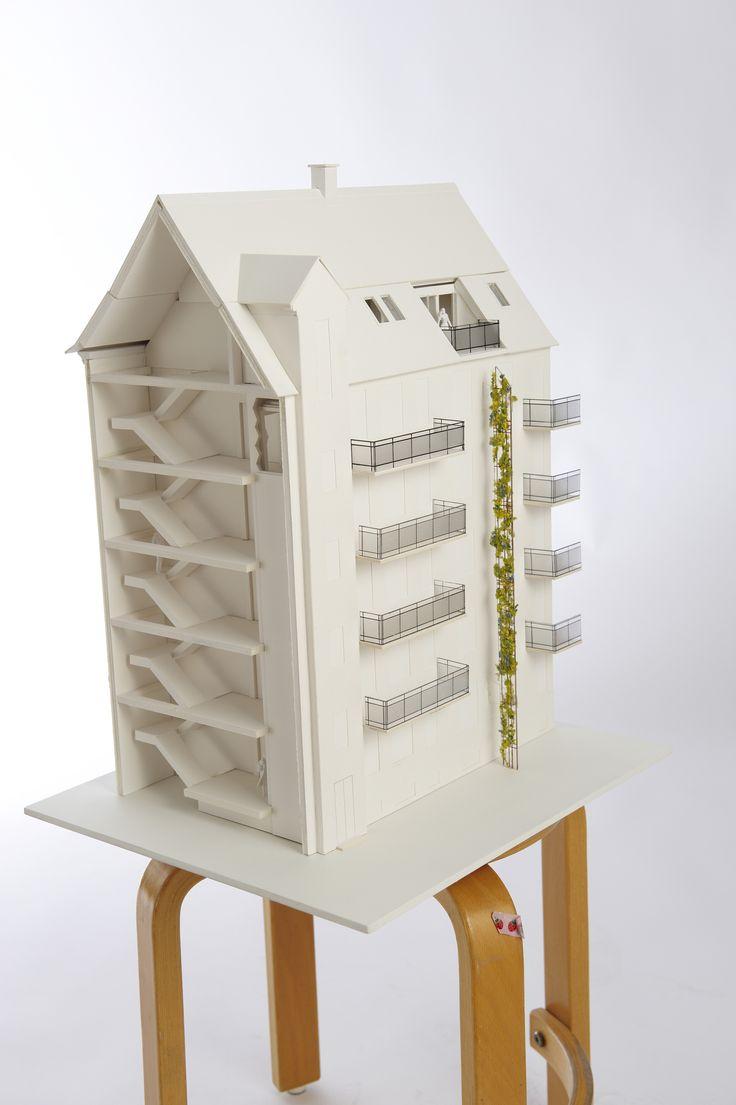 Model af Wilkenbo, Frederiksberg. Renoveringsprojekt med nye altaner og taglejligheder. Pålsson Arkitekter