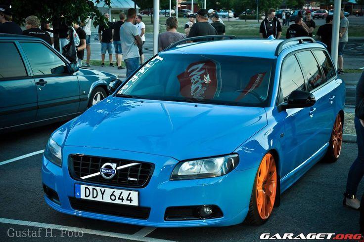 garage | Volvo V70 II (2009)