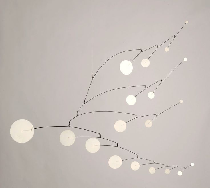 Nineteen White Discs, sheet metal and wire, 1961 - Alexander Calder.