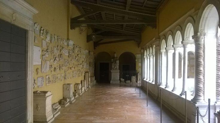 Colonnato e reliquie, Basilica di San Paolo, #Roma