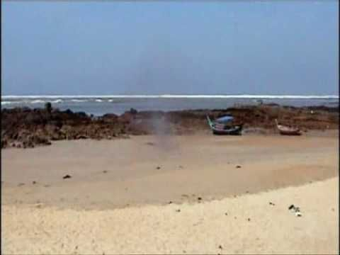 2004 TSUNAMI THAILAND : THE SEA HAS RETREATED!