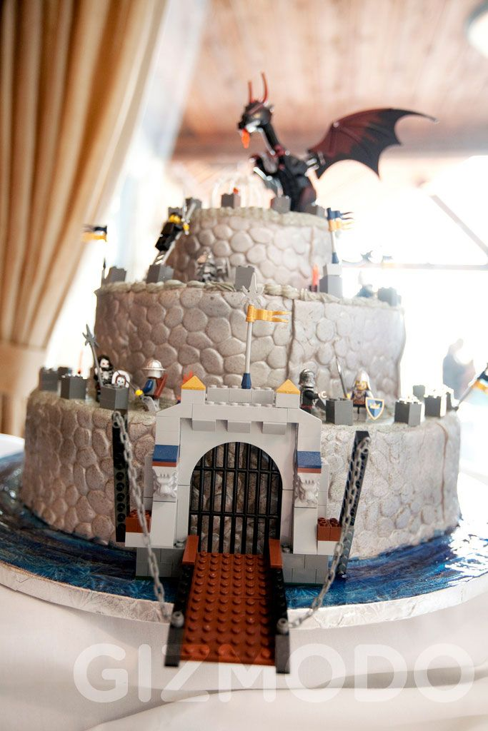 Assault the Lego Wedding Castle, Save the Princess, Save the World