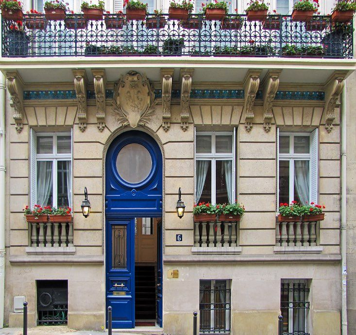 6 Rue Copernic - Jays Paris   via Instagram http://ift.tt/28ZaA8h  Portraits de Paris