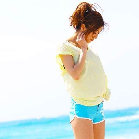 【safs.tokyo】さんのInstagramをピンしています。 《▼おはようございます☀️ 今日も元気にスタート!! モデルさんのショートパンツはパイピング加工で嬉しい脚長効果も… 詳しくはプロフィール欄のURLからどうぞ…@safs.tokyo  #safs  #surf  #surfpants  #surfing #surfer  #beach  #seaside  #サーフィン  #おそろい #ショートパンツ #リンクコーデ #ペア #メンズデザインもあります  #海を感じる  #海  #水着  #波  #波乗り  #冬だけど夏  #safstokyo》