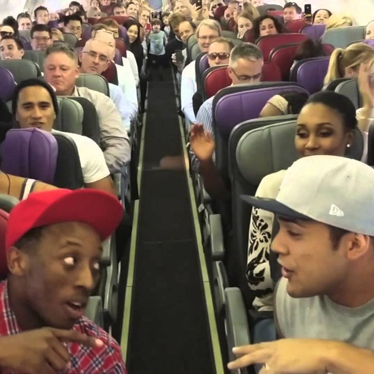 Best Flight Ever? The Lion King Cast Serenades Fellow Passengers