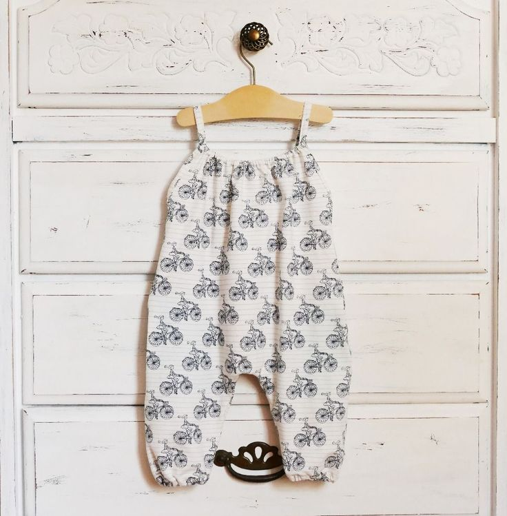 Easy, stylish baby romper pattern