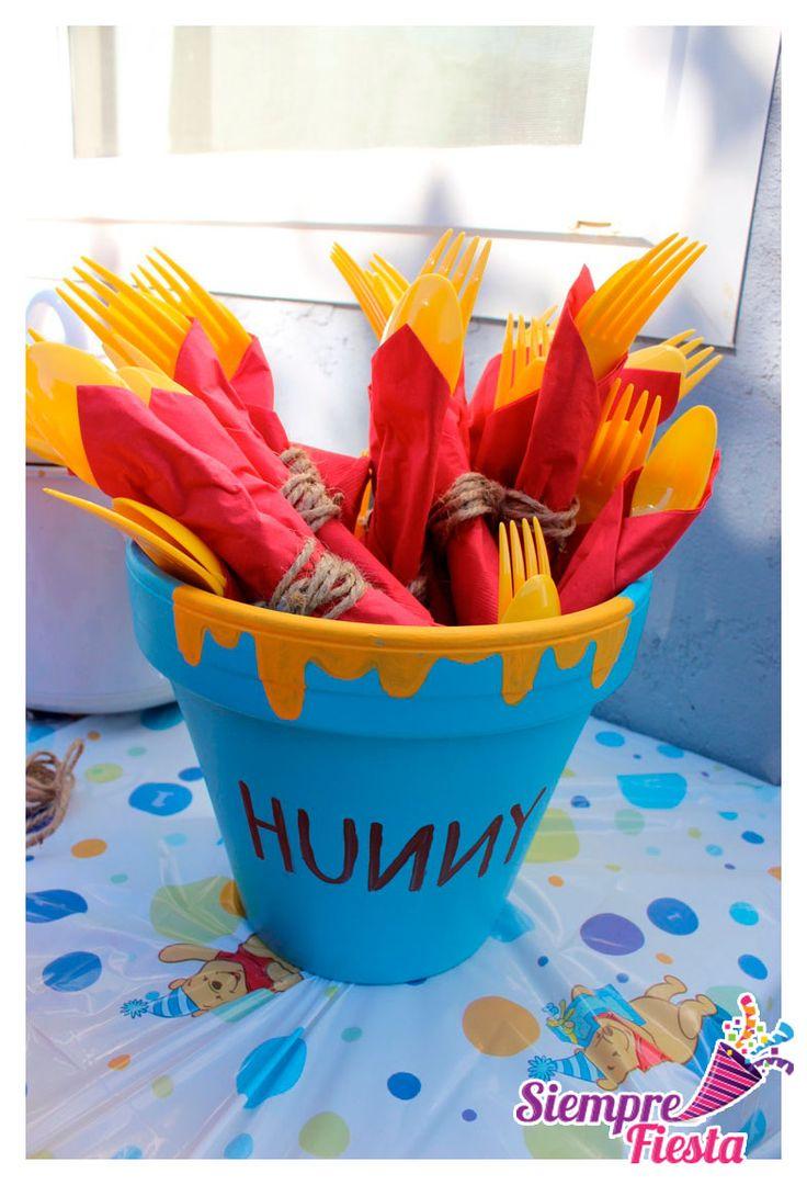 30 best images about fiesta de winnie pooh on pinterest for Decoracion winnie pooh para fiesta infantil