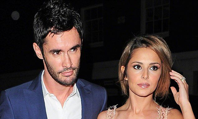 Cheryl Fernandez-Versini's husband 'wants to save their marriage'