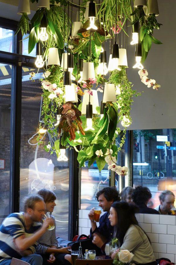 25 beste idee n over cafe verlichting op pinterest cafe interieur cafe winkelinrichting en - Arbor pergola goedkoop ...
