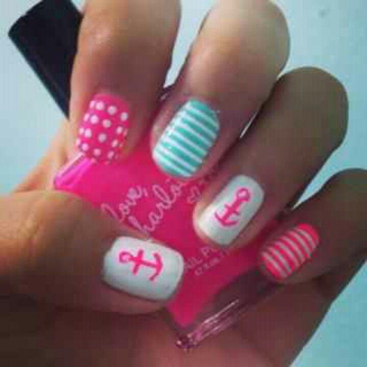 Summer Nails hot pink anchor