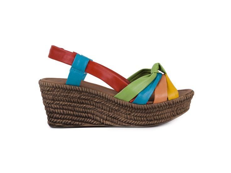 Tamaris Barevné kožené sandály na klínku a platformě 1-28001-20 / mnohobarevná