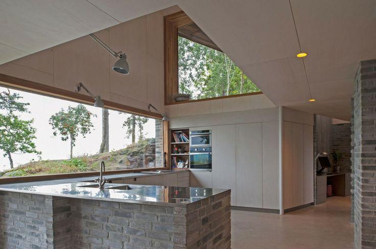 Norwegian Home Built on the Cliffs house-off-ramberg-schjelderup-trondahl-architect-13 – GBlog