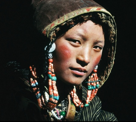 Tibet woman by Frederic Lemallet