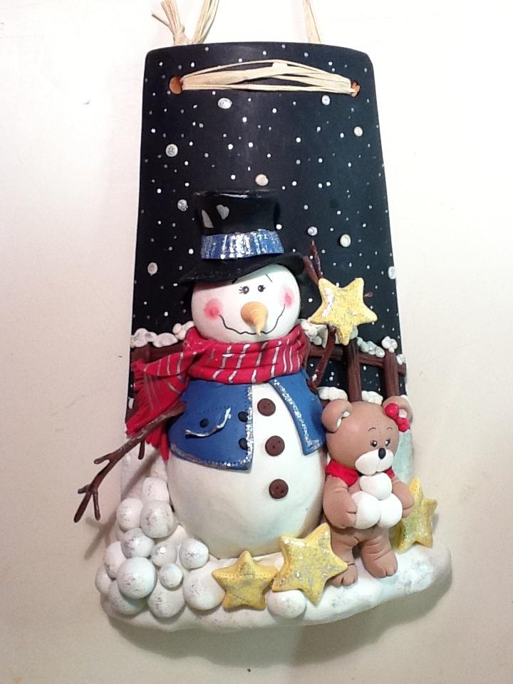 Tegola con pupazzo di neve tutto in porcellana fredda, a parte la tegola!