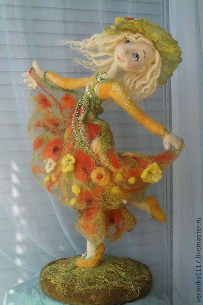 "*NEEDLE FELTED ART ~ Collectible handmade dolls. Fair Masters - handmade Dolls ""Dance Sunny Summer"""