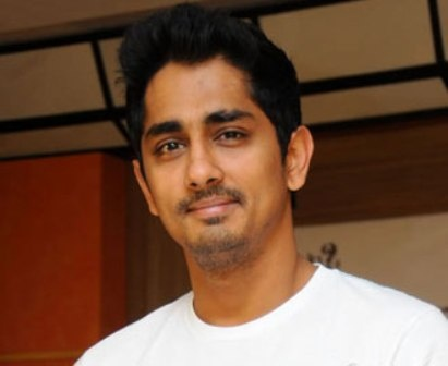 Today Lover Boy Siddharth is celebrating his 34th birthday. He was born on 17 April 1979 in Chennai, He is an actor, Producer, writer and playback singer. He made his acting debut in the Tamil movie Film, this movie was dubbed in telugu with the same title