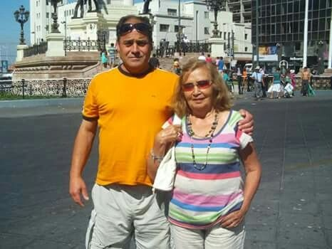 Claudio y mamá