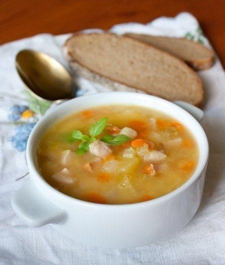 Фото к рецепту: Гороховый суп с ветчиной