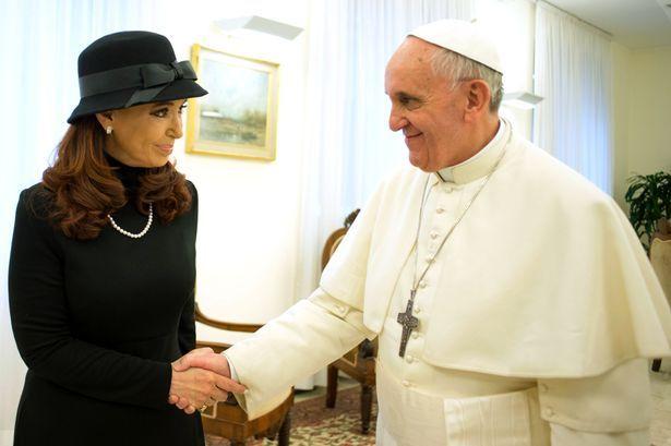 Argentina president Cristina Kirchner asks Pope Francis to help ...