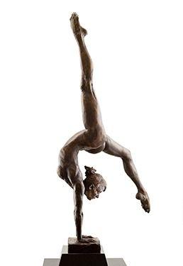 Aspire   Paige Bradley   Бронзовая скульптура