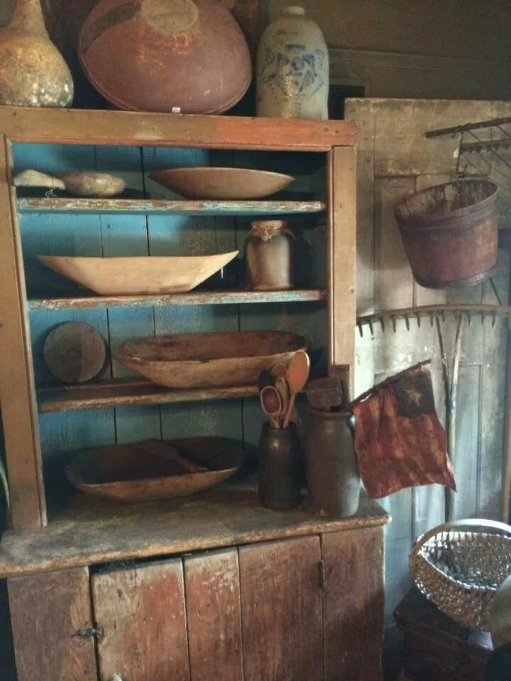 Step back cupboard with blue interior and small prims