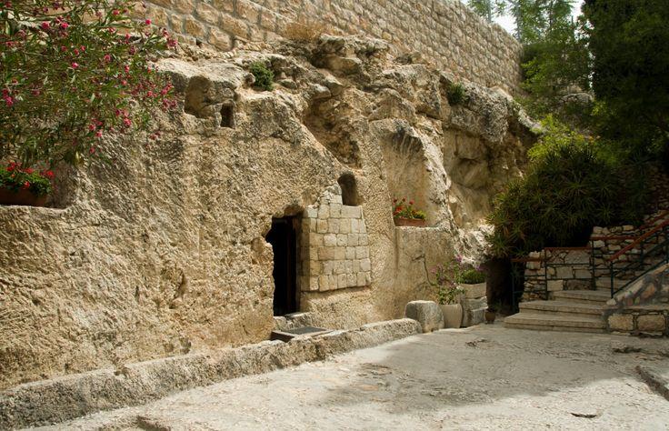 photos of christs tomb  | jesus christ tomb israel