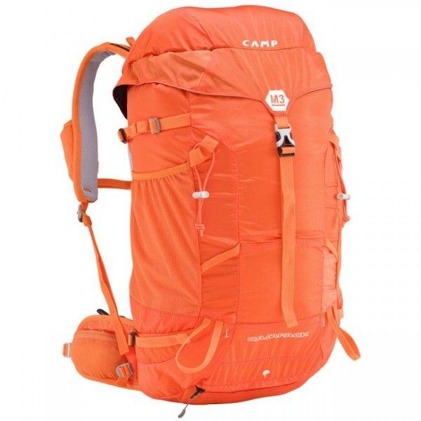 Batoh Camp M3 s objemom 30 litrov je ako stvorený na jednodňové výlety, ponecháva priestor na to najdôležitejšie avšak má o to nižšiu hmotnosť. #batoh #turistika #lezenie #skialpinizmus # skialp