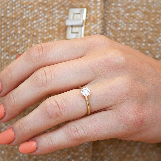 One of our most pupular models - Sara  This one with 0.50 Carat.  #engagement #engagementring #diamond #wedding #love #weddingband #diamonds #jewelry #jewellery #förlovning #nyförlovade #bröllop #kärlek #couple #lovestory #bryllup #forlovet #forlovelsesringe #diamondring #diamantring #diamantringe #diamanter #solitairering #haloring #enstensring VANBRUUN.com