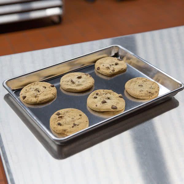 Baker S Mark Quarter Size 19 Gauge 9 1 2 X 13 Wire In Rim Aluminum Bun Sheet Pan Food Trays Sheet Pan Bakers