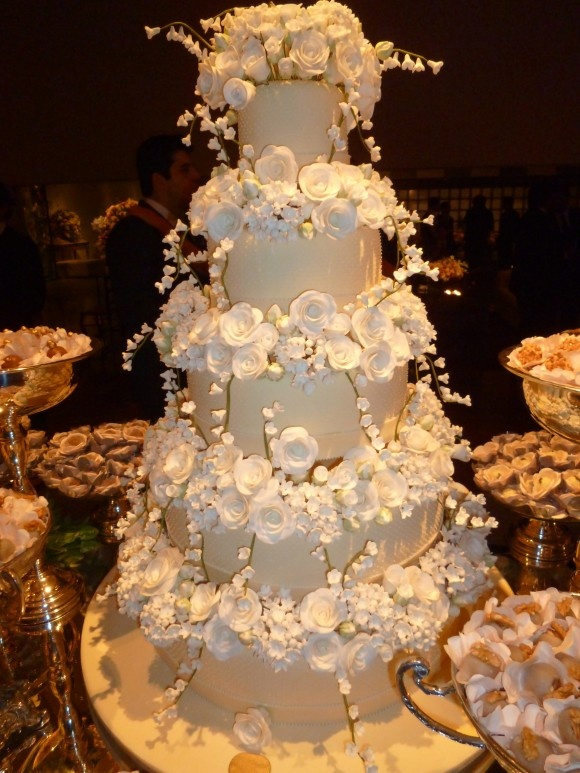 high end wedding cakes nyc 25 best images about parfume cakes on 15225