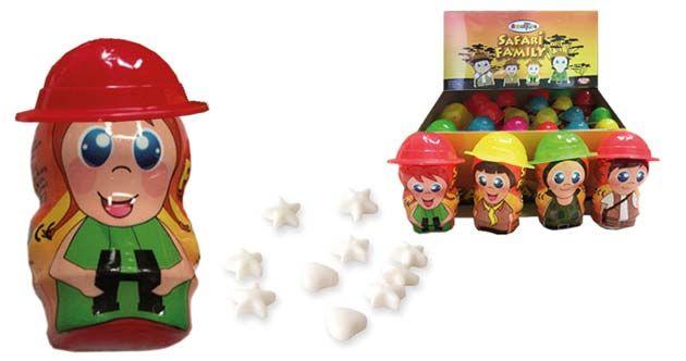 Figuras que representan a una familia de safari con 5 gramos de caramelos comprimidos en su interior con forma de corazones y estrellas.