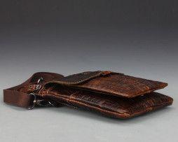 Pánska kožená taška cez rameno v lesklej hnedej farb (9)