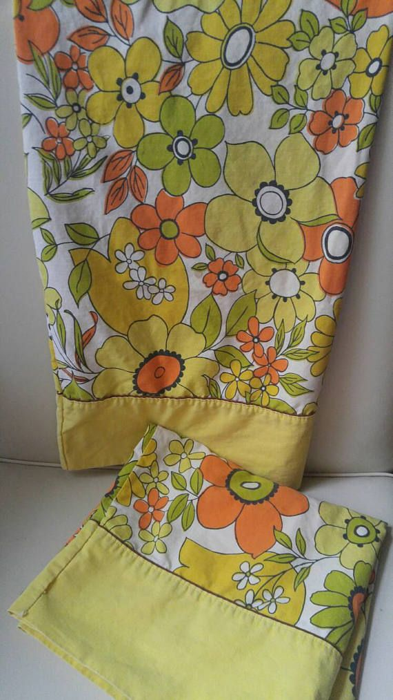 Wabasso Marvel Press Pillowcases / flower power / hippy