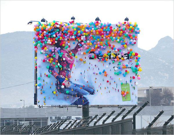 DESIGUAL-STORE-OPENING-Billboard-campaign-2