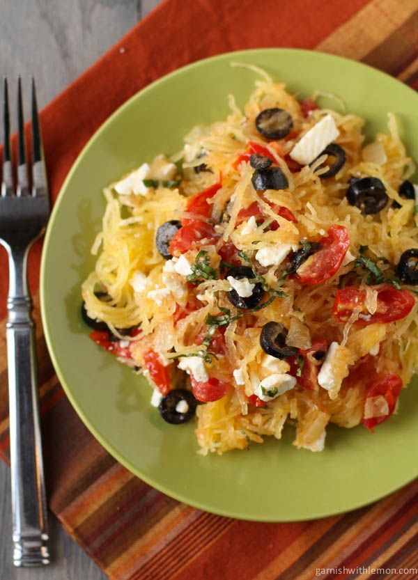 A healthy meatless meal with spaghetti squash and mediterranean flavors - SO freaking good!