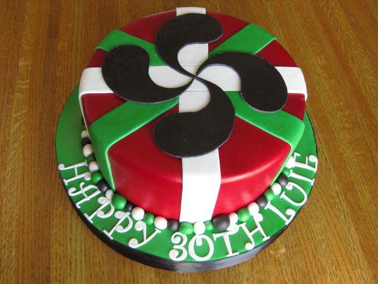 Cake Design Pays Basque : 1000 idees sur le theme Lauburu sur Pinterest Pays ...