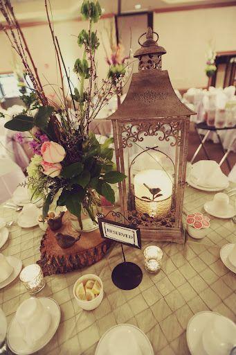 Barn Weddings - Rustic Country Barn Wedding Ideas, Decorations, Flowers for Weddings in a Barn