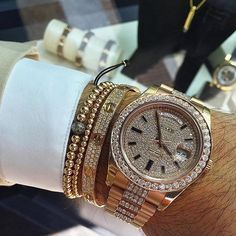 For the diamond Lovers Rolex x Cartier % Authentic. Buy - Sell - Trade. (305) 377-3335 info@diamondclubmiami.com #seybold #luxury #watches #rolex #ap #audemars #hublot #patekphilippe #cartier #diamondclub #watch #diamonds #richardmille @avikoren #DailyDeluxe