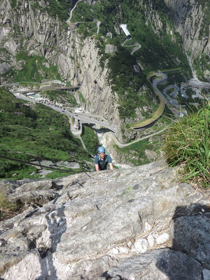 Report (in Dutch) of Klettersteig Diavolo, near Andermatt