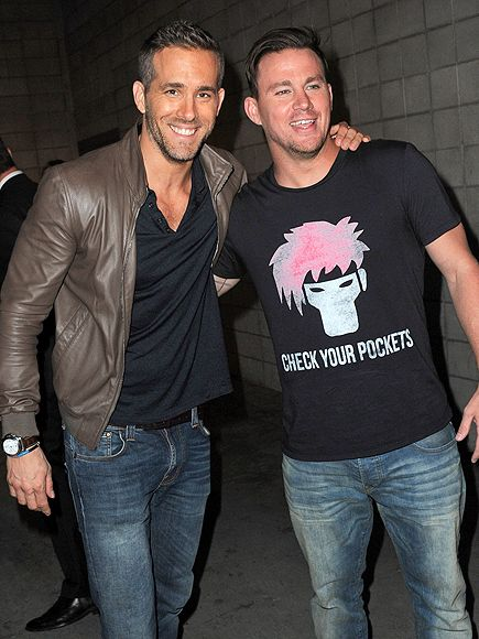 Star Tracks: Monday, July 13, 2015 | BRO BONDING | Looking casual in jeans and T-shirts, former Sexiest Men Alive Ryan Reynolds and Channing Tatum catch up at a Comic-Con panel in San Diego on Saturday.