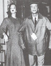Deputy Barney Fife as a mannequin, trying to catch a shoplifter in Weaver's Department Store.