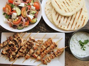 "Chicken Souvlaki with Tzatziki Sauce and Greek Salad | Serious Eats: Recipes - Mobile Beta!""Chicken Recipe, Chicken Souvlaki, Grilled Chicken, Chickensouvlaki, Tzatziki Sauces, Serious Eating, Greek Chicken, Recipe Chicken, Greek Salad"