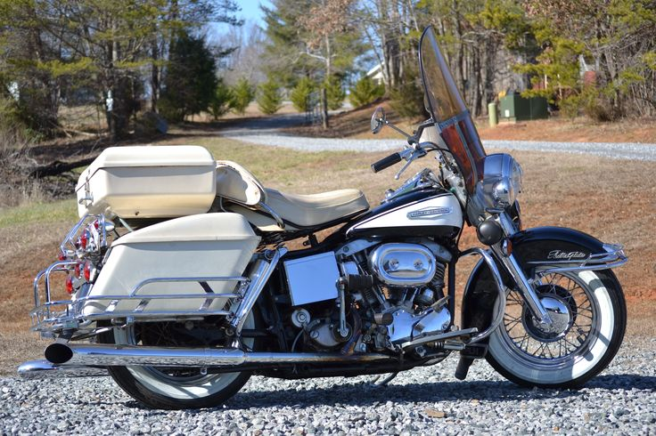 1967 Harley Davidson Electro Glide FLH like brand new.. WOW