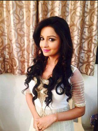 Chhavi Pandey Biography, Wiki, Age, Bio, Figure, Husband, Marriage Photos