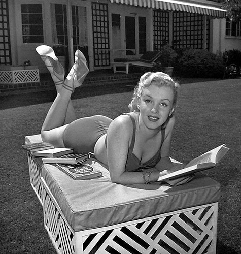 Marilyn reading.. I always loved that she was married to Arthur Miller for a hot minute--well five years actually and before I was born.... Such a beautiful mess of talent.