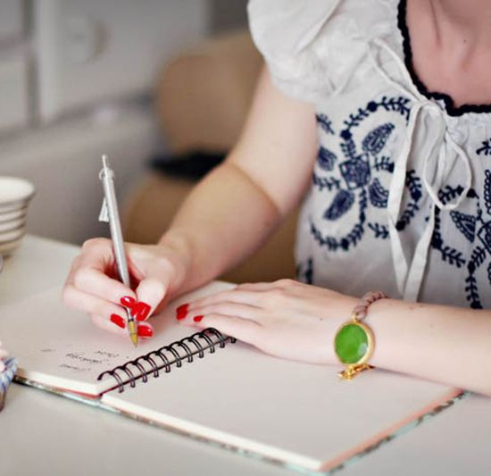 How to Write a Better To Do List // Arianna Belle Blog // photo by Yvonne Bauer